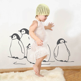 wandtattoo pinguine wandbilder f r kindgerechtes wohnen im kinderzimmer bei danaraum. Black Bedroom Furniture Sets. Home Design Ideas